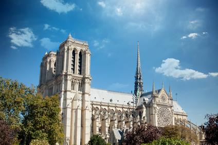 Reims ville pétillante et sacrée